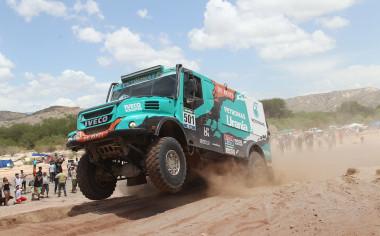 Equipo De Rooy gana el Dakar 2016 con llantas Goodyear