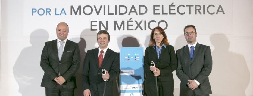 Optimized-Firma de Convenio BMW Group México - Nissan Mexicana - Foto 2