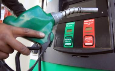 Anuncian libre importación de gasolina y diesel