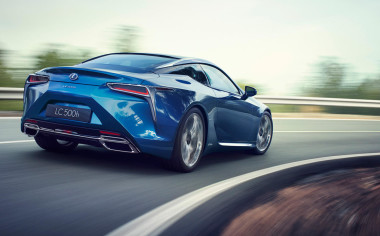 Bridgestone equipa al nuevo coupé LEXUS LC500h