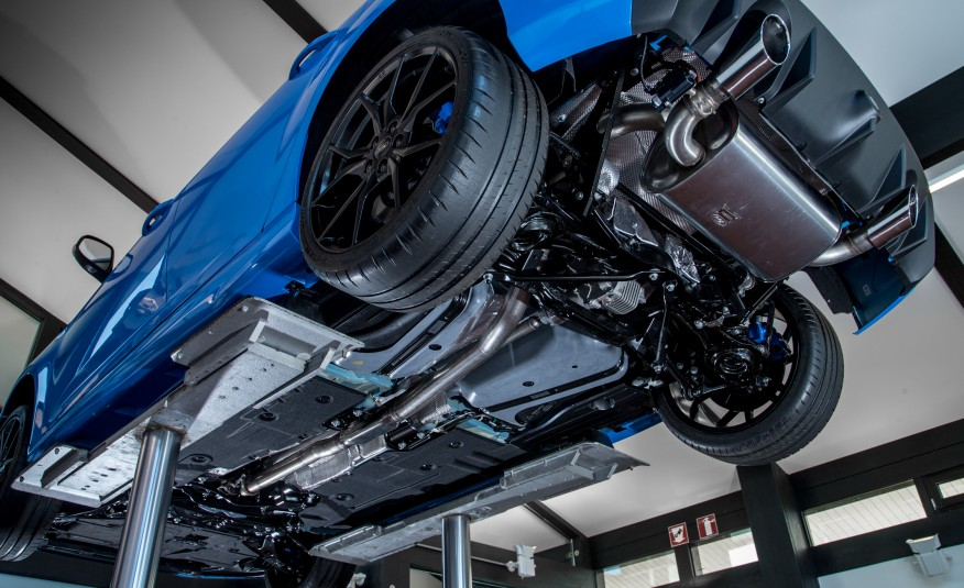 Optimized-2016-Ford-Focus-RS-131-876x535