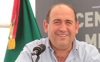 Buscará Gobernador Rubén Moreira mantener conexión aérea con Houston