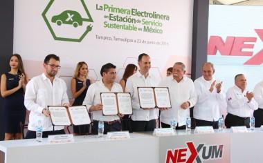 Nissan inaugura primera Electrolinera