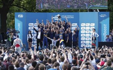 Renault.edams y Sebastien Buemi campeones en Fórmula E de la FIA