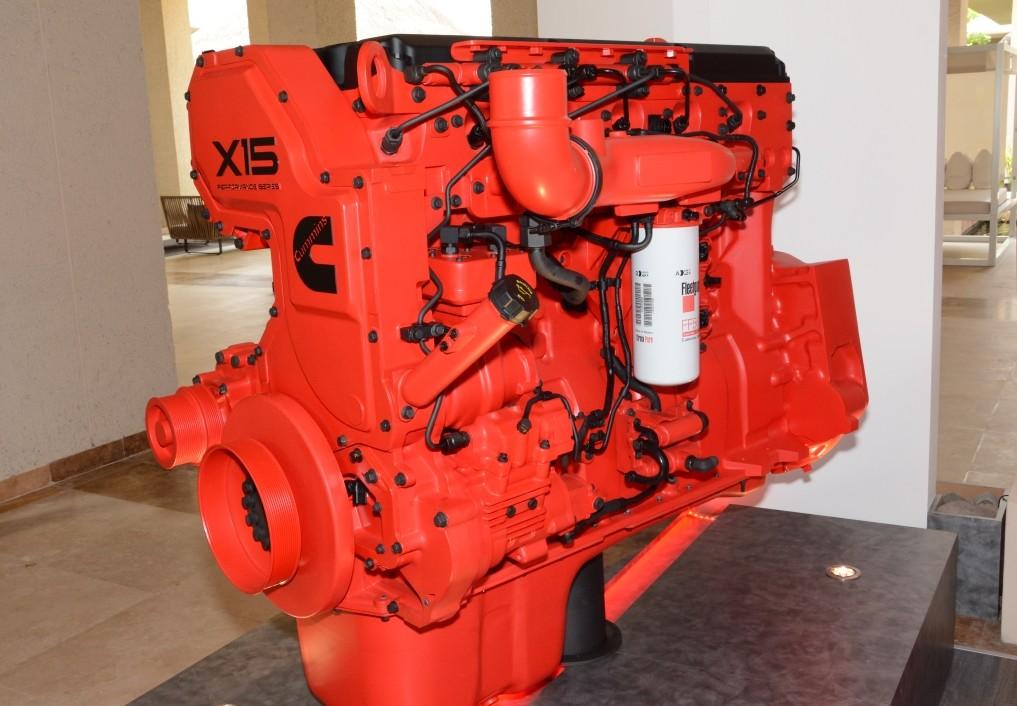 Cummins presenta el X15, un nuevo motor para el mercado ...