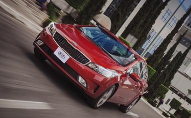KIA Motors comercializa más de 40 mil unidades en un año