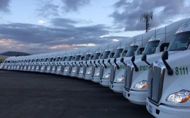 Kenworth Metropolitanos entrega unidades a Grupo Eduardo Díaz