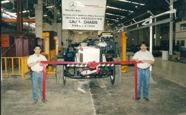 Planta de Mercedes-Benz Autobuses cumple 23 años en Nuevo León