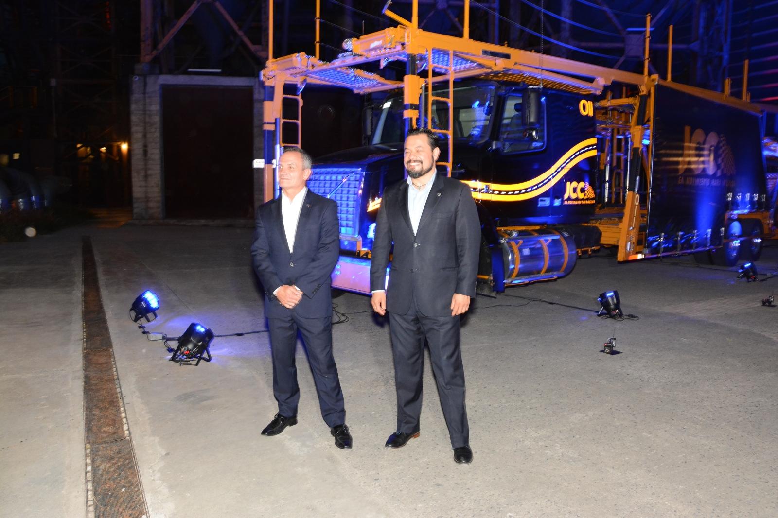 "Volvo Trucks entregará ""madrinas"" a JCC"
