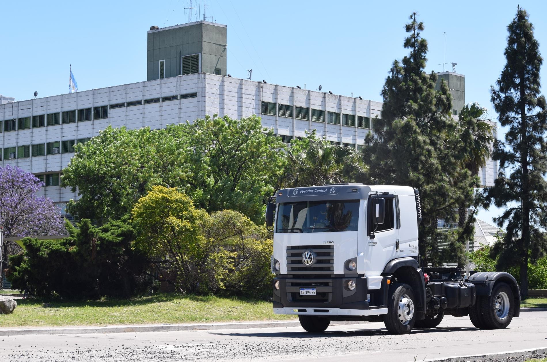 Volkswagen Camiones y Autobuses amplía red en Argentina