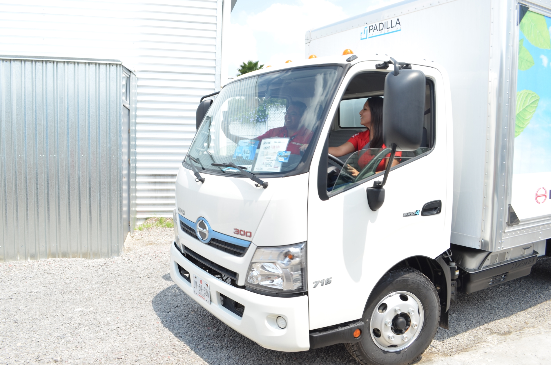 ECODRIVE, capacitación para camiones híbridos Hino