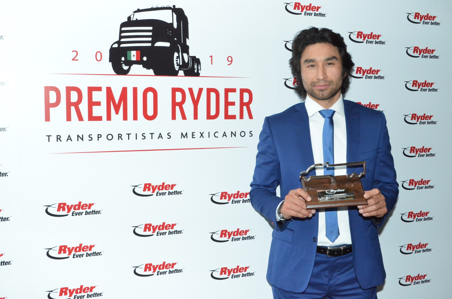 Juan Carlos Cuevas, entre los nuevos motores del autotransporte