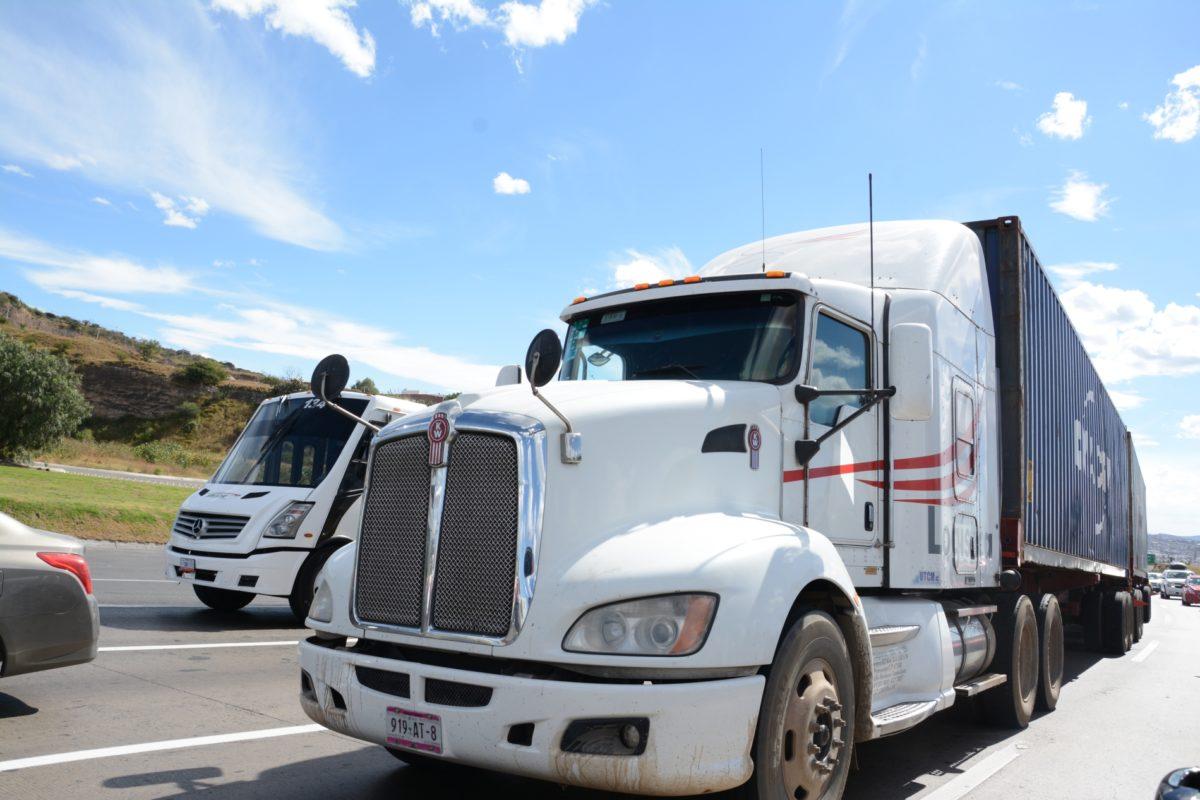 Indemnizaciones por siniestros del autotransporte superan los 11 mil mdp en 2 años