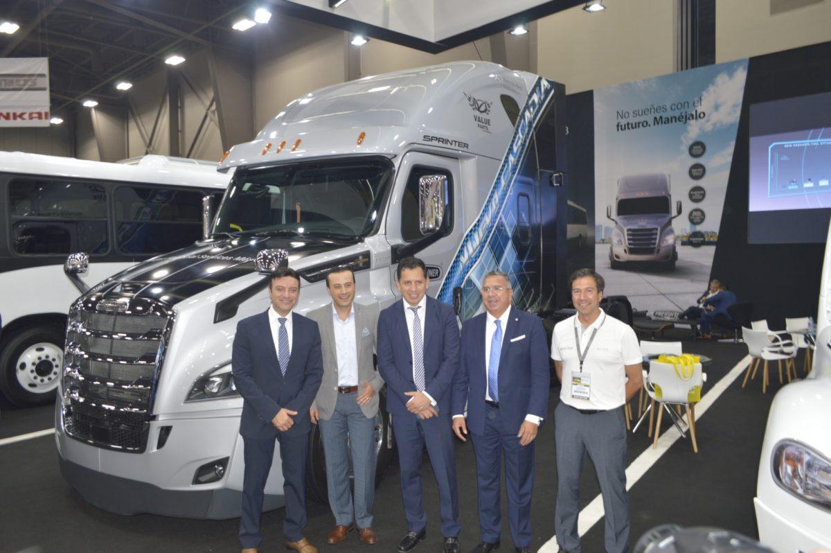 Daimler, con soluciones para el mercado regiomontano