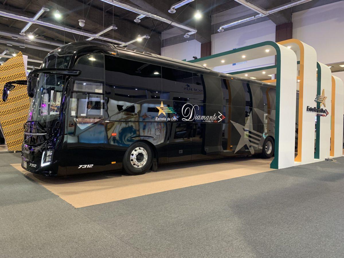 Estrella de Oro renueva servicios Premium con Volvo 9800