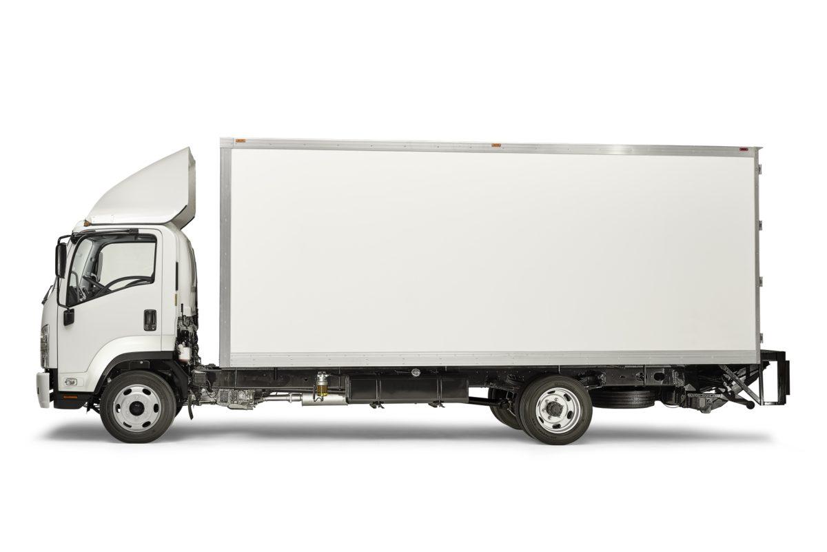 Optimo Autopartes amplía su flota con camiones Isuzu